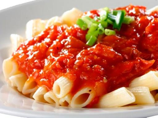 Сытная и вкусная овощная подлива к макаронам без мяса